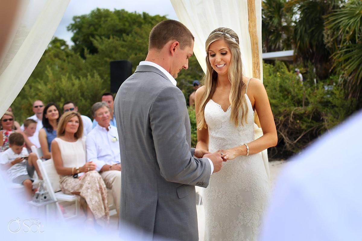 bride and groom destination wedding photo at paradisus playa del carmen