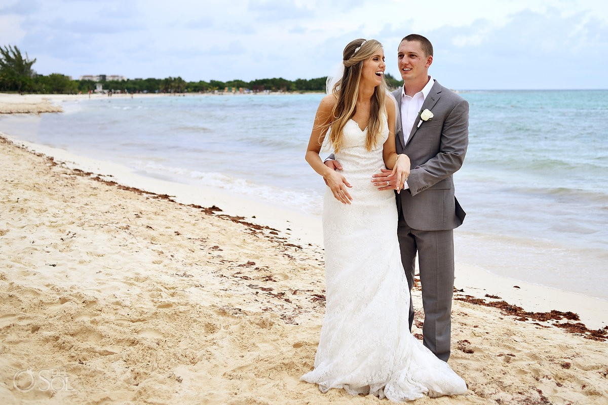 destination wedding photo on the beach at Playa del Carmen