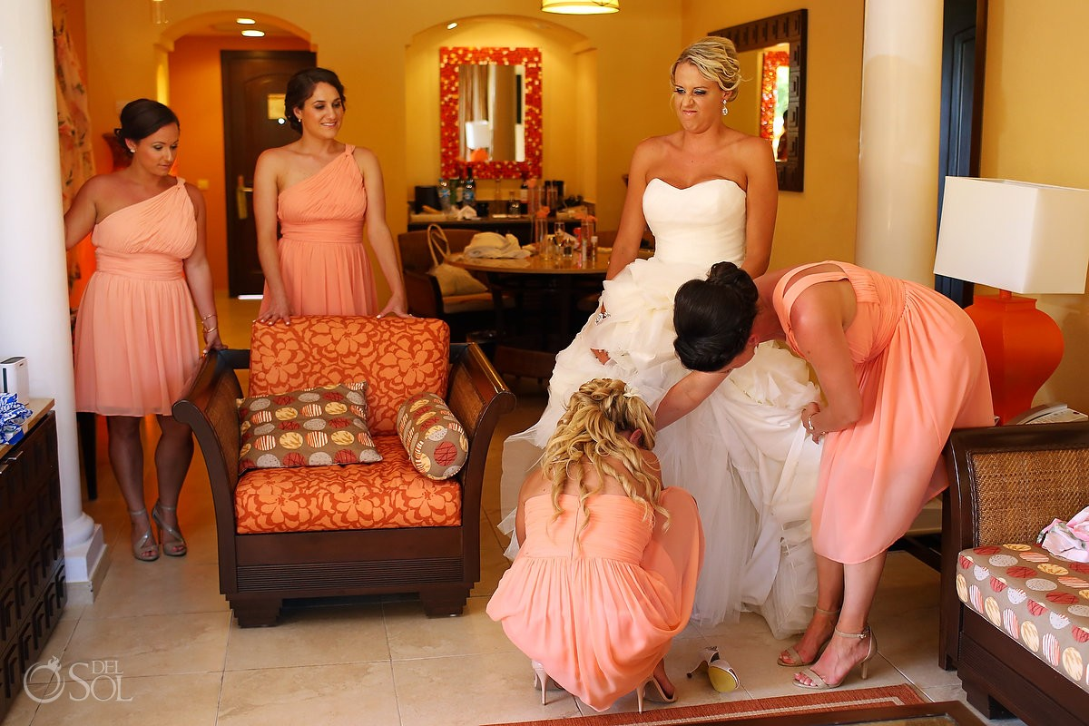 funny wedding photo bride getting ready Destination Wedding Barceló Maya Palace Deluxe, Riviera Maya, Mexico