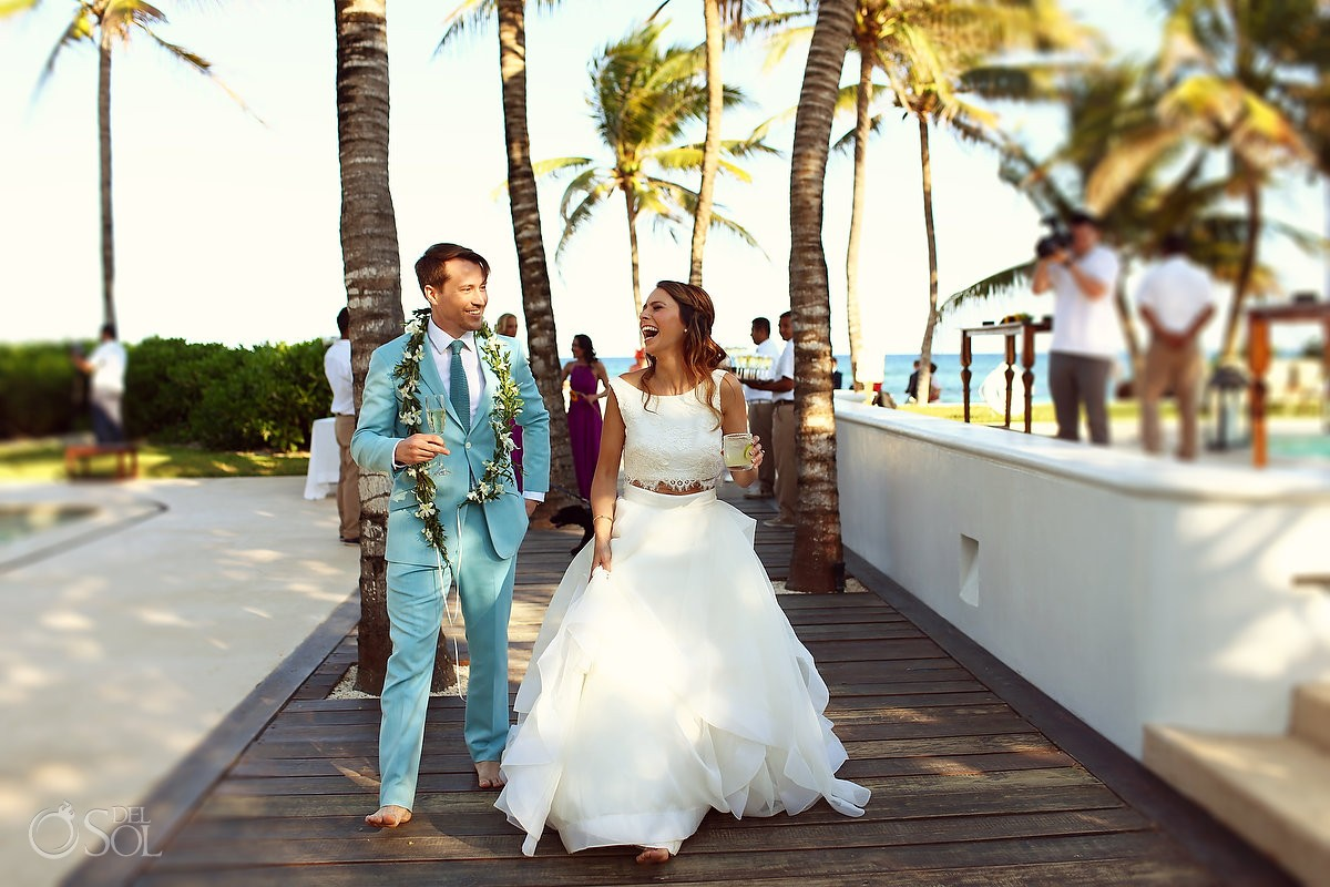 groom with Maile Lei is taken from Hawaiian tradition at hotel esencia