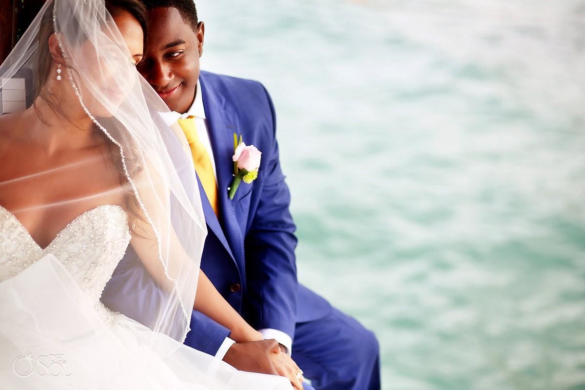 Romantic portrait Destination Wedding, Puerto Morelos, Riviera Maya, Mexico