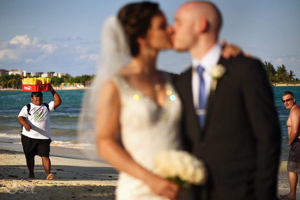 funny wedding photo photobomb Paradisus beach Playa del Carmen, Mexico