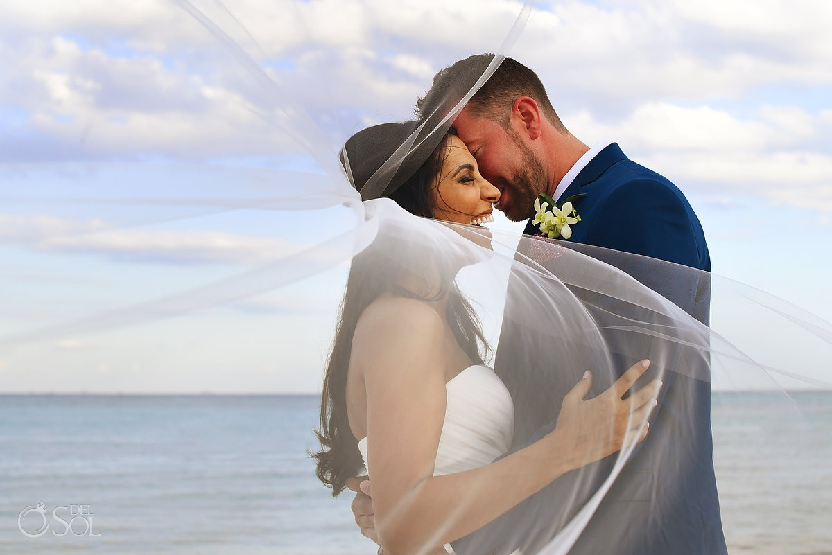 Romantic Couple's portrait on the Riviera Maya, Destination Wedding , Quintana Roo, Mexico