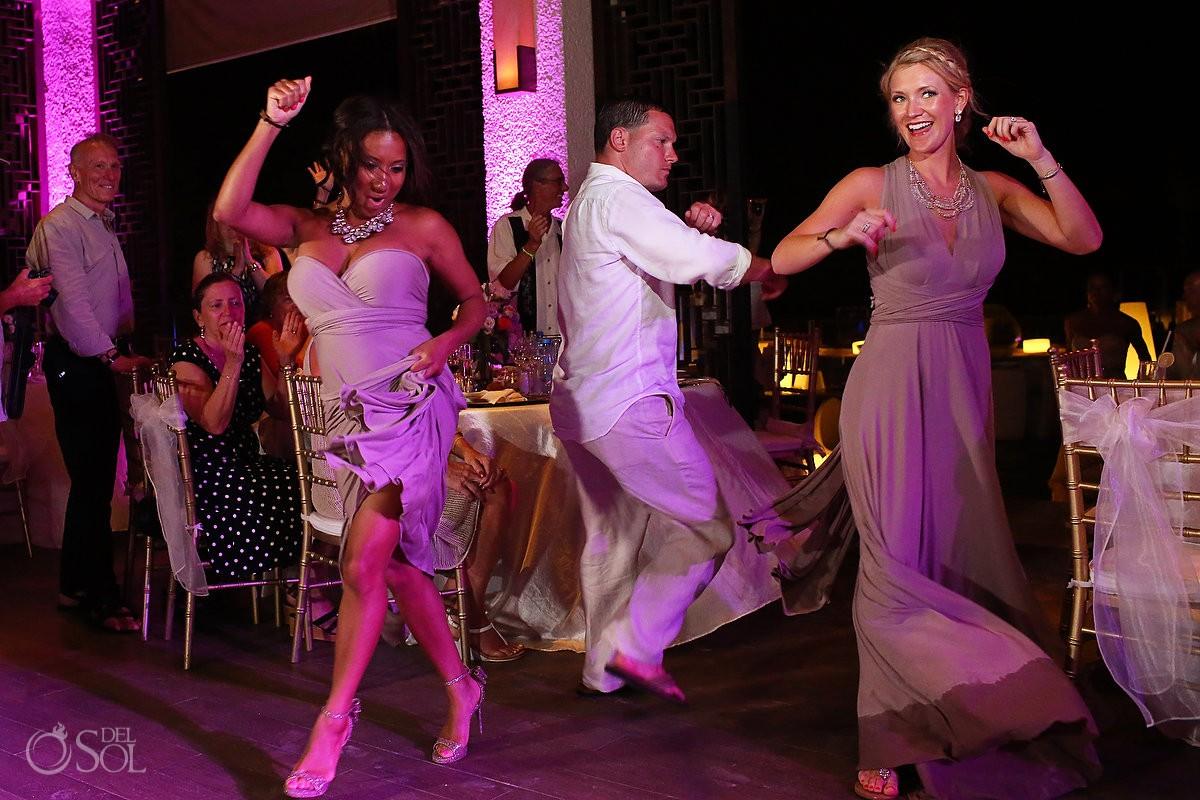 paradisus esmeralda guests dancing
