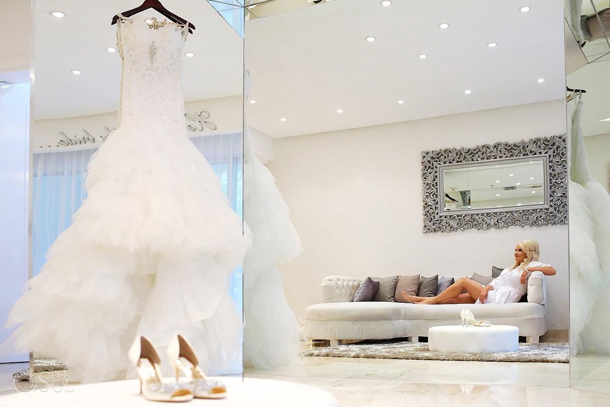 Rainy Gabi Club Wedding Paradisus la Perla