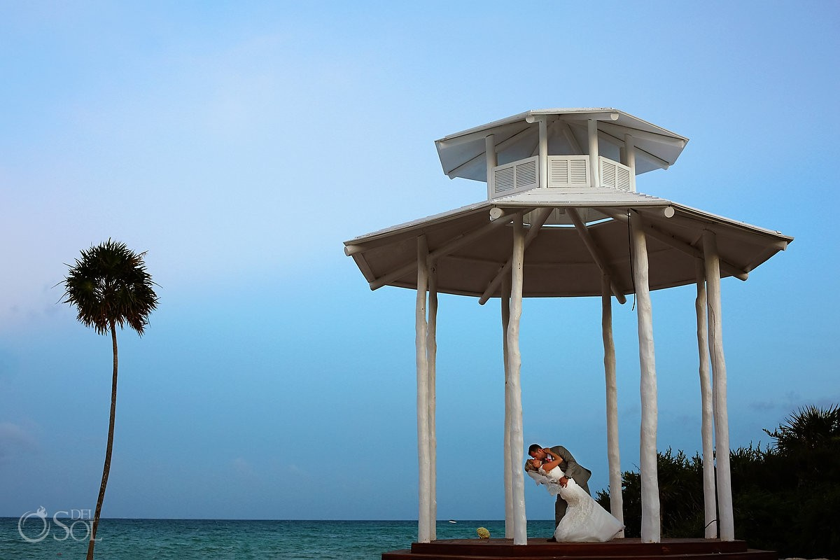 Paradisus La Esmeralda and La Perla beach wedding gazebo portrait