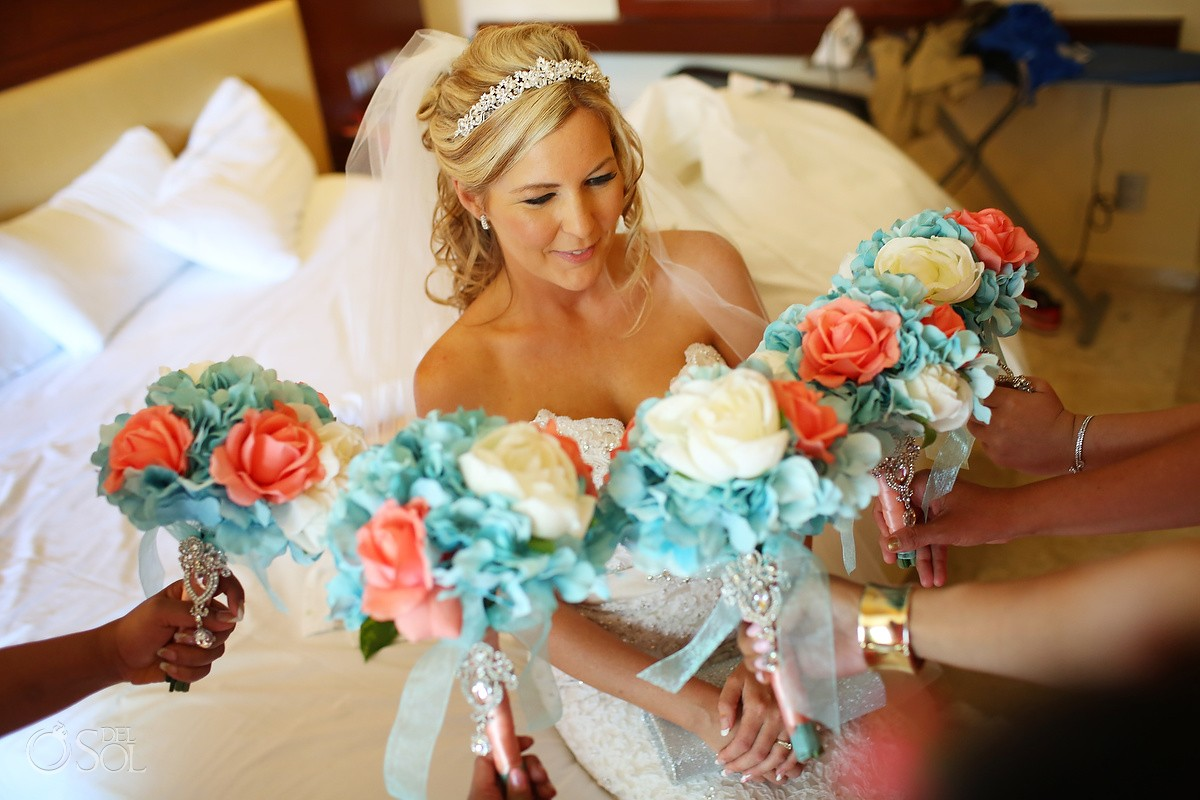 Bridesmaids Bouquet, Destination Wedding, Bride Portrait, Grand Sunset Princess, Mexico