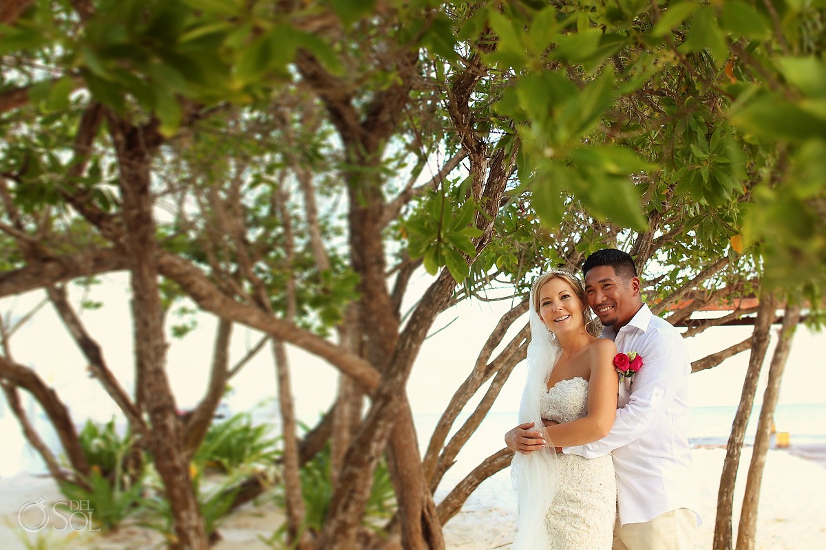 Couple Portrait at the beach, wedding at Grand Sunset Princess, Mexico.