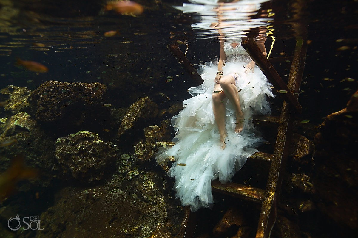 Underwater wedding photography cenote trash the dress