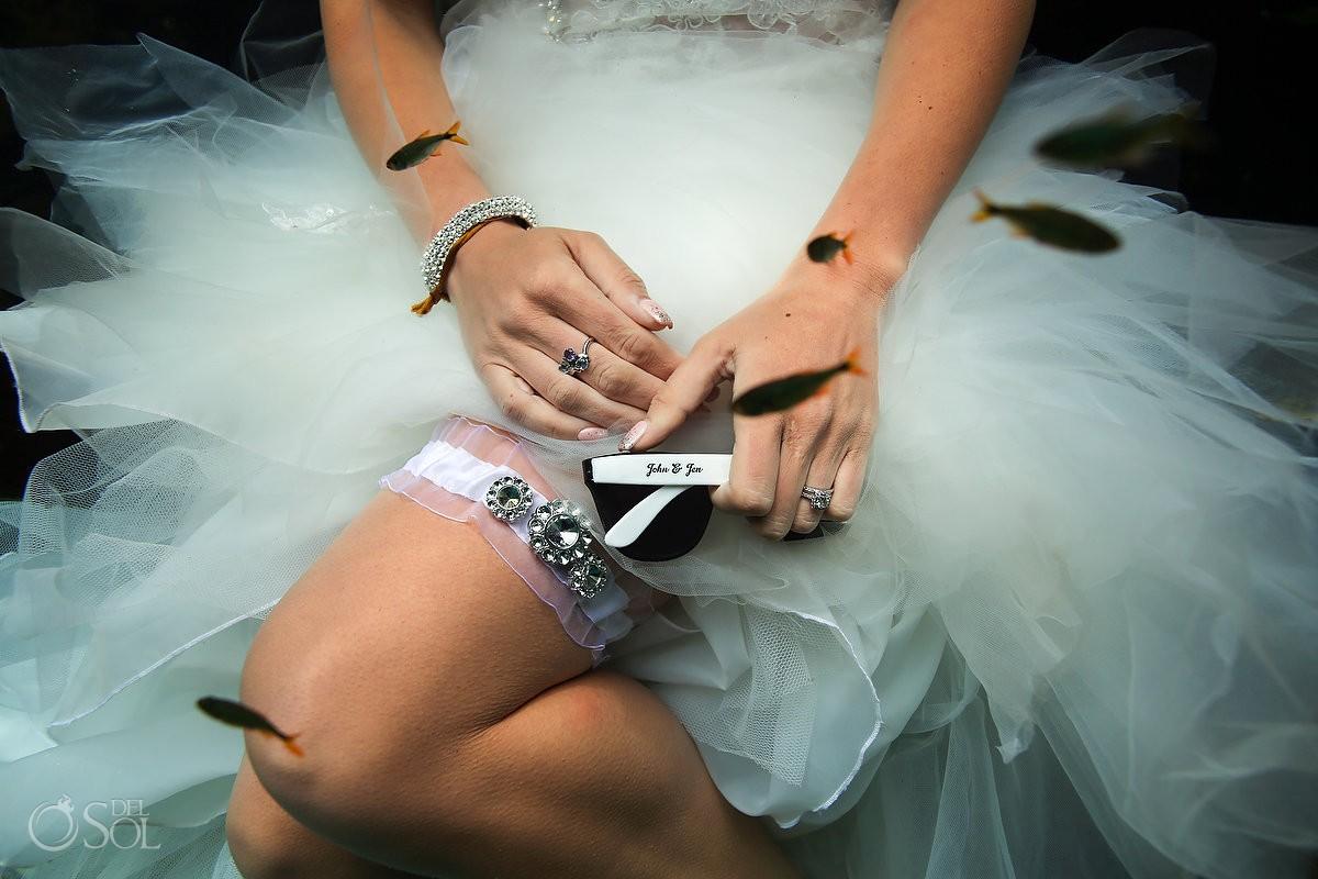 Sexy bride garter detail personalized sunglasses underwater wedding photo ideas