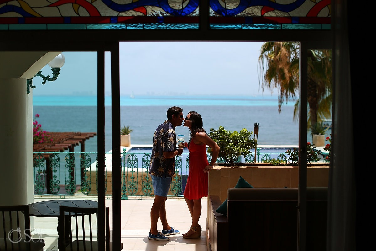 #travelforlove couple in love boutique hotel Zoetry Villa Rolandi, Isla Mujeres