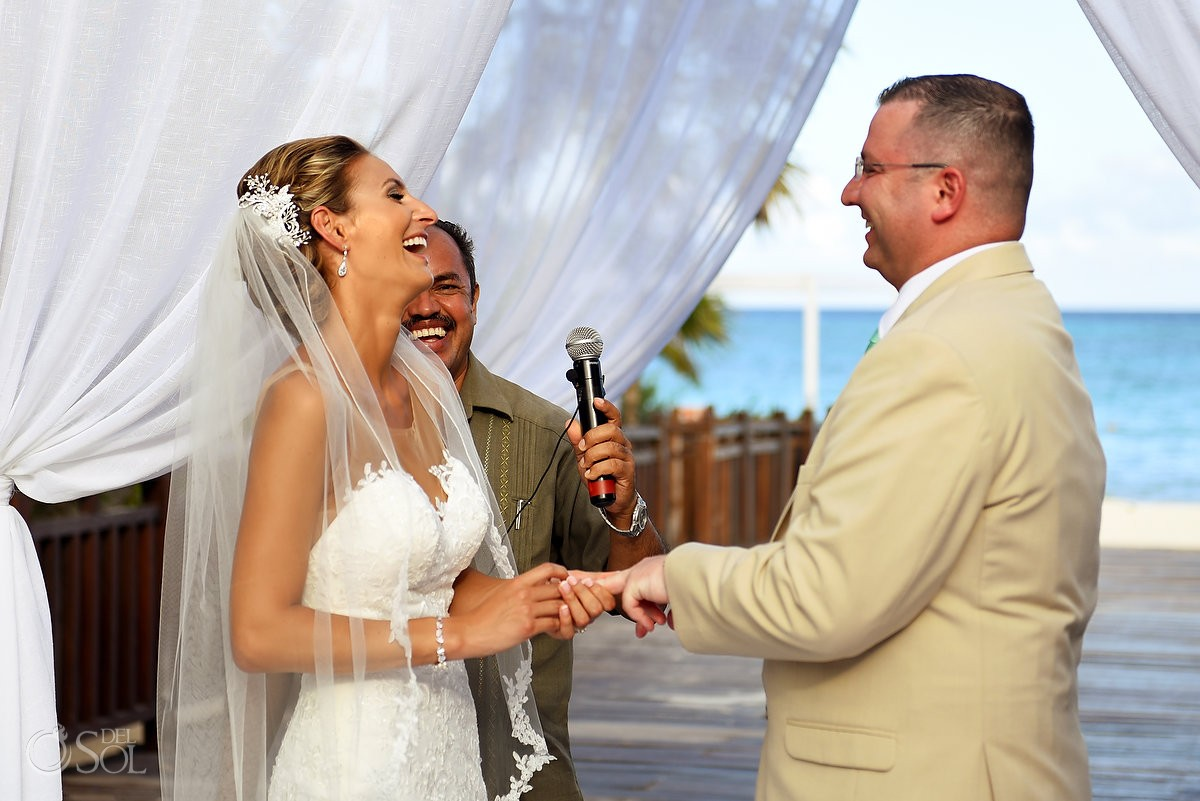 funny ceremony moment destination wedding Gabi Bridge Paradisus La Esmeralda, Playa del Carmen, Mexico