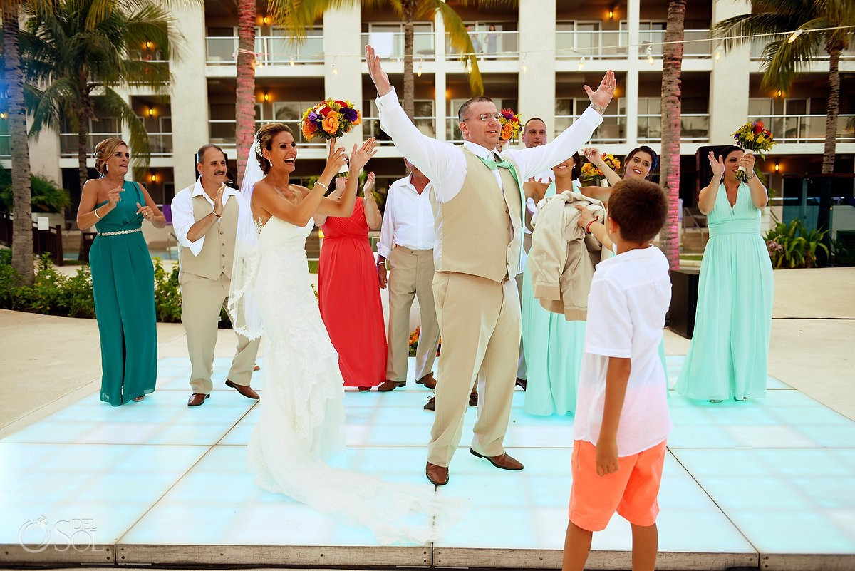 funny destination wedding reception photo The Solarium Paradisus La Esmeralda
