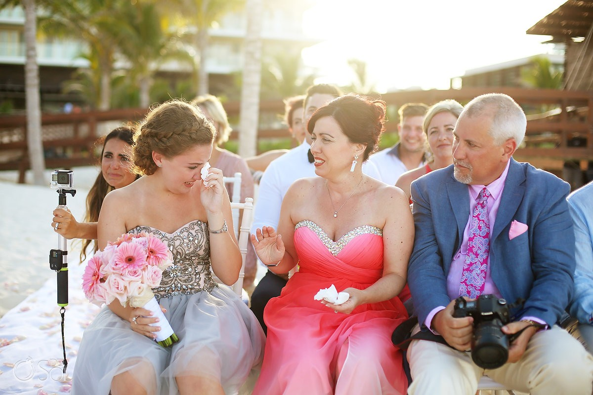 wedding guest crying, emotional family moment, destination wedding Royalton Riviera Cancun, Mexico
