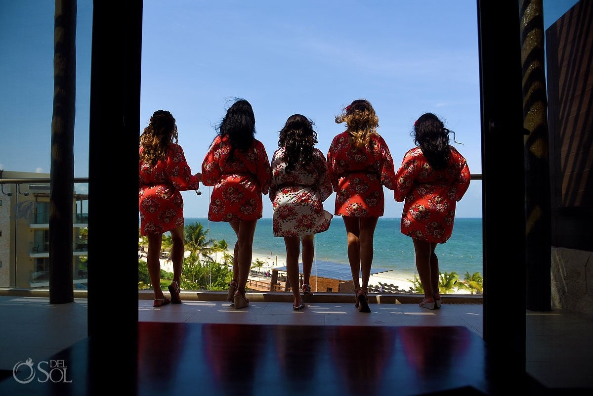 Bridemaids bridal party photo idea getting ready destination wedding Royalton Riviera Cancun, Mexico