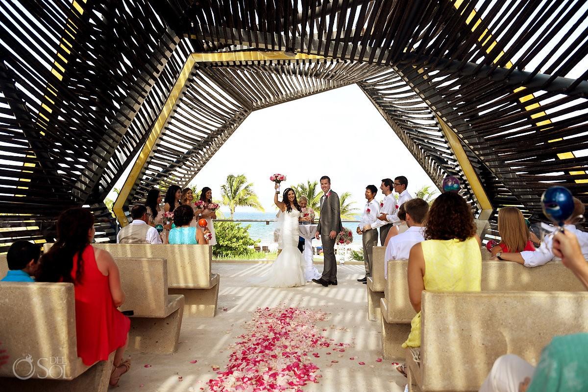 royalton riviera cancun chapel cancun wedding marisol