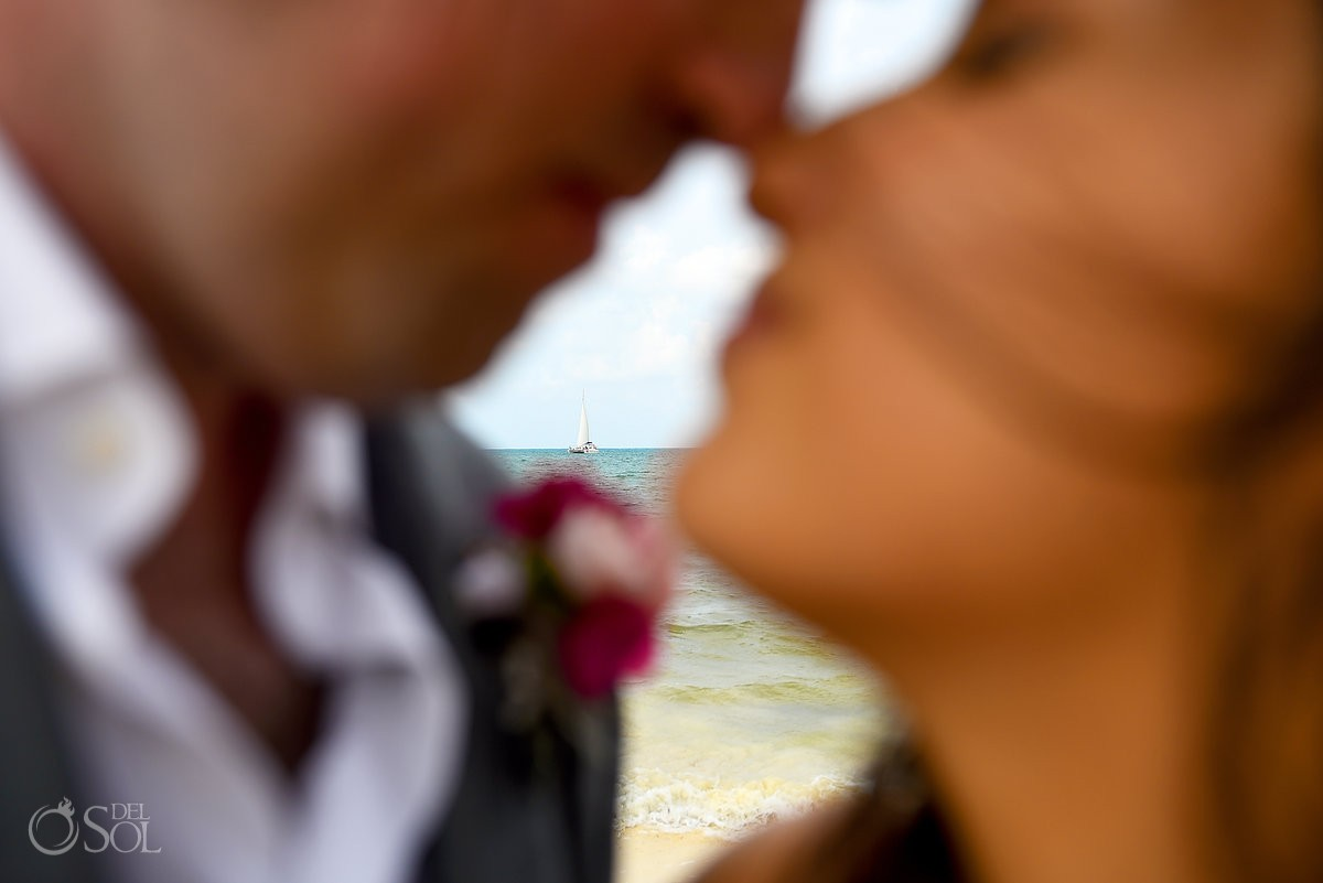 Beach wedding portraits ideas, Royalton Riviera Cancun, Mexico