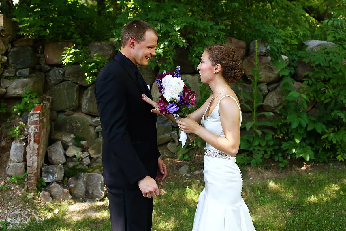 Wedding first look at Bloom Lake Barn, Shafer, Minnesota