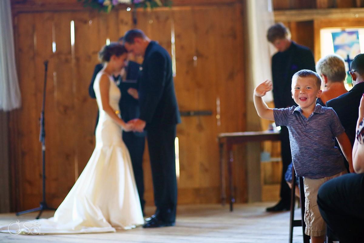 cute kids at bloom lake barn weddings