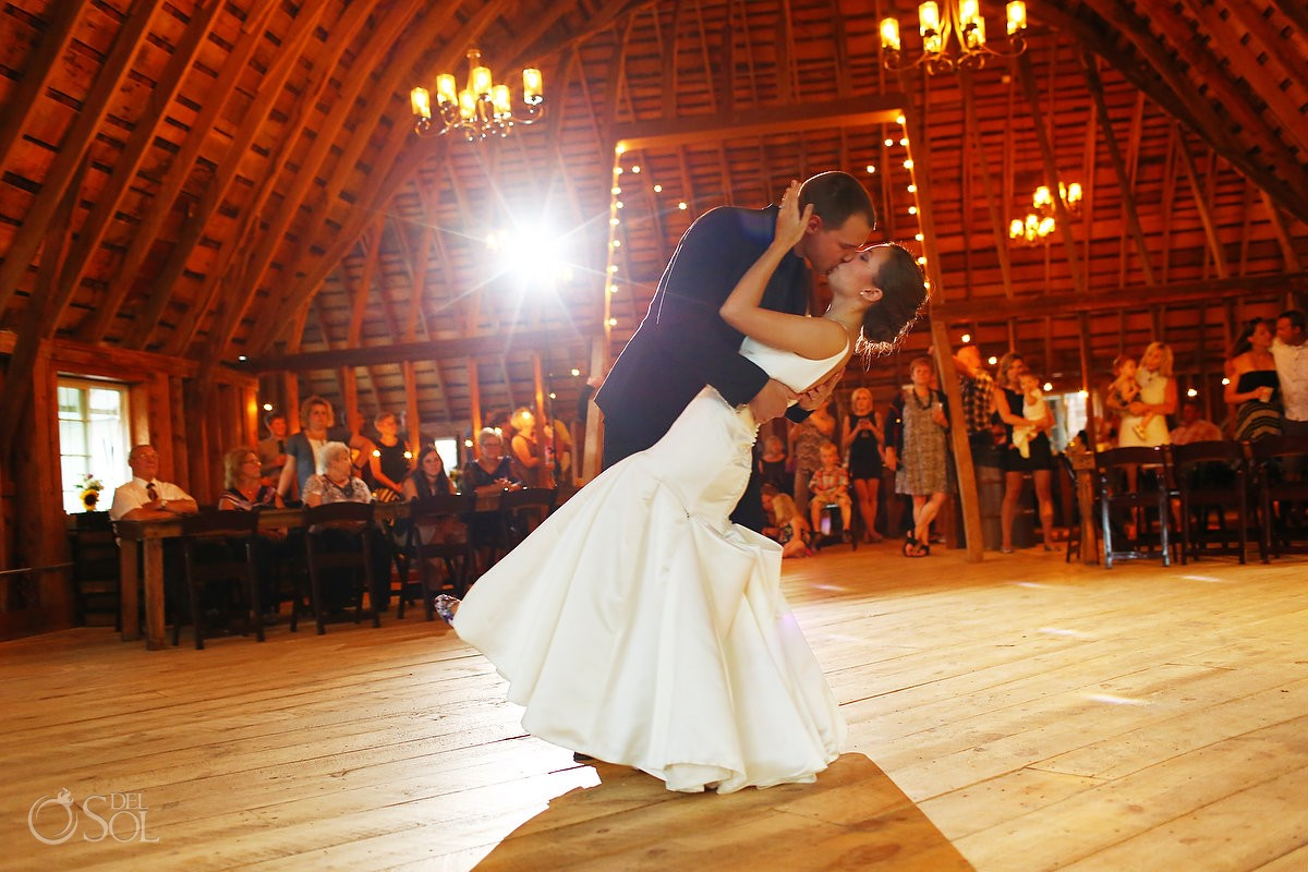 first dance bloom lake barn wedding