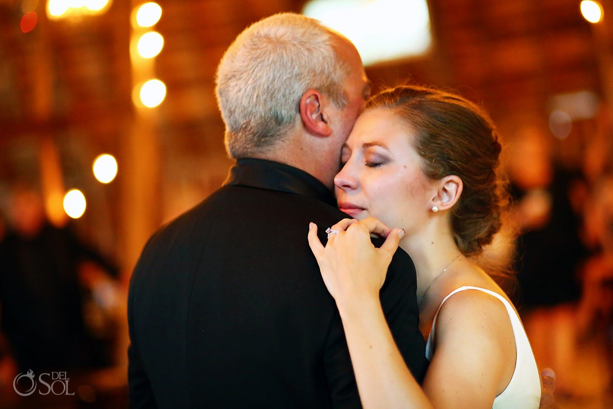 father daughter dance bloom lake barn wedding