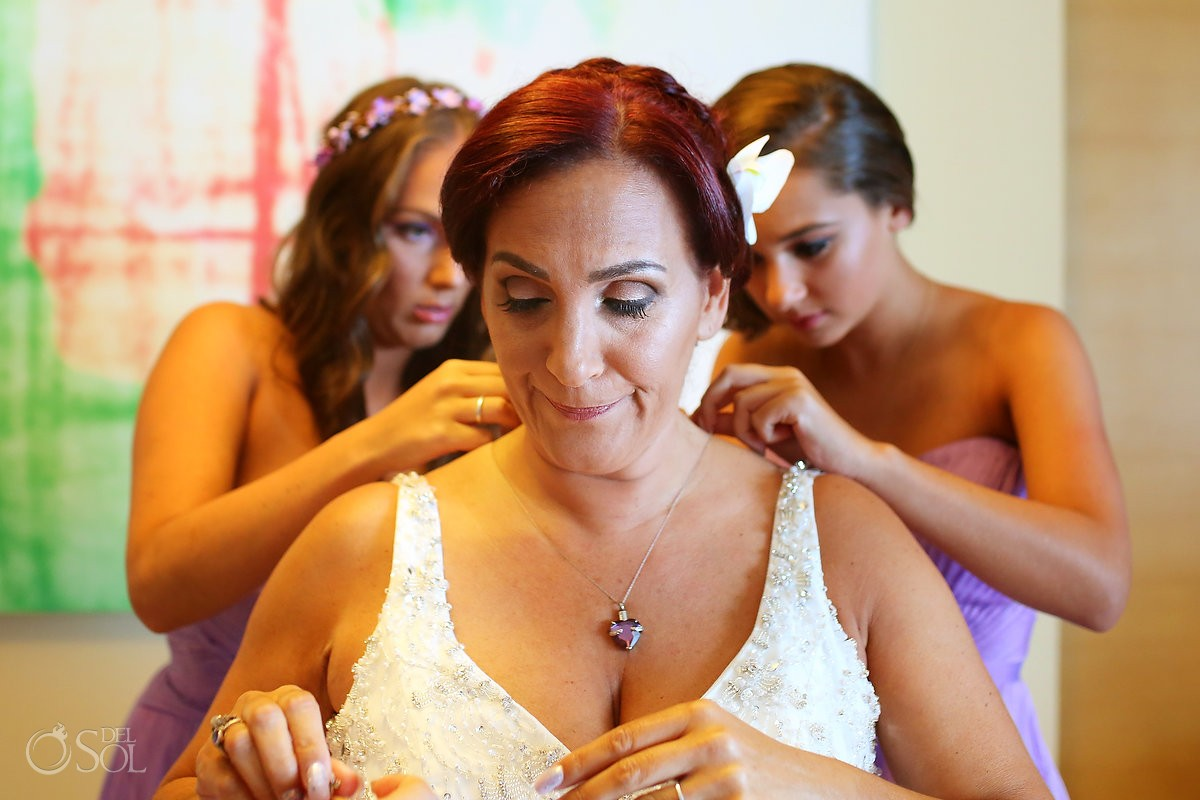 bride and daughters getting ready, destination wedding, Beach Palace, Cancun, Mexico.