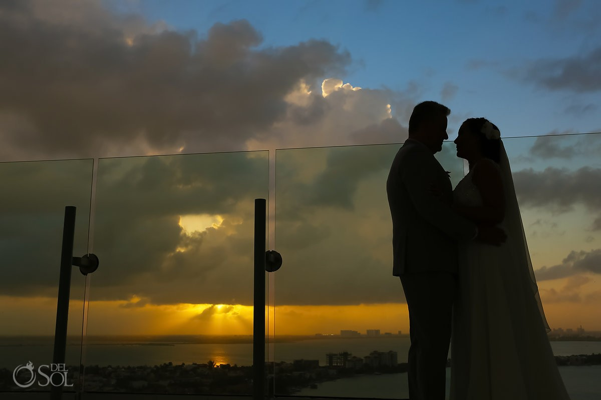 amazing sunset bride and groom portrait, destination wedding, Beach Palace, Cancun, Mexico.