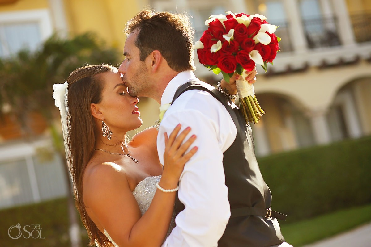 bride and groom sunset portrait wedding playa del carmen Mexico