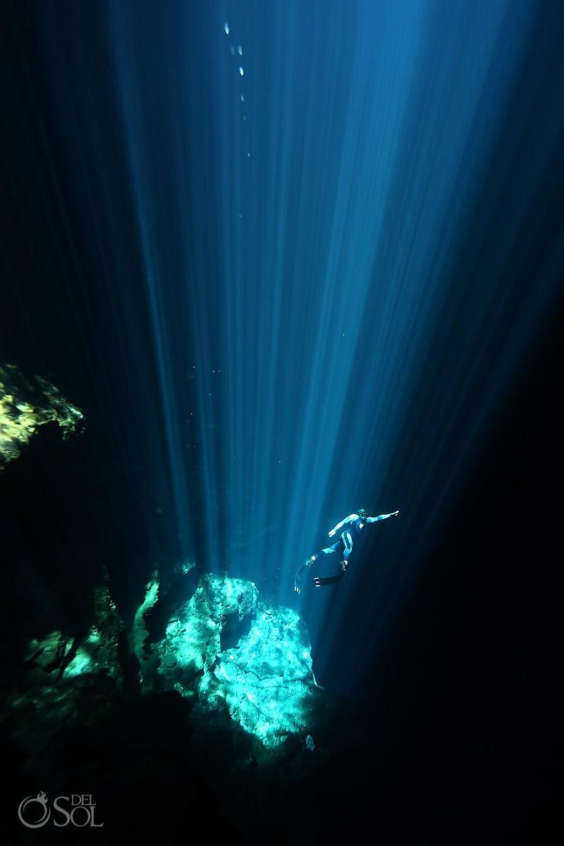 Pit cenote free diving riviera maya mexico