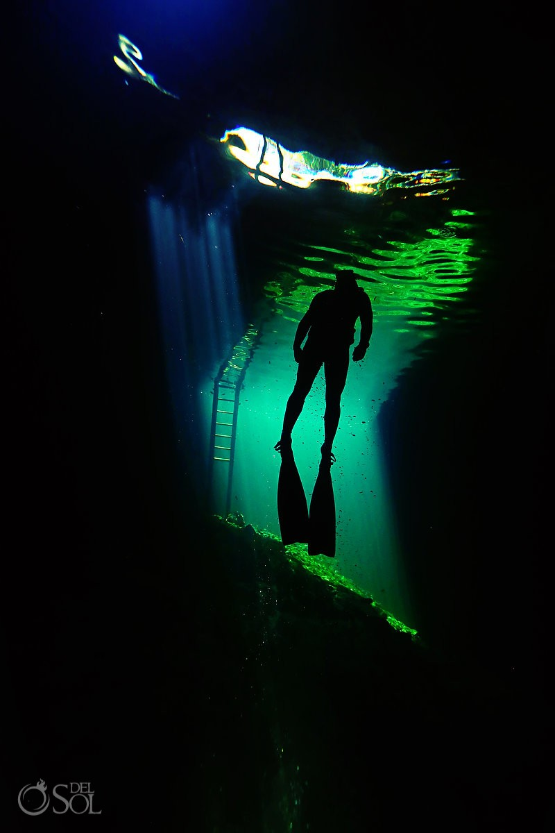 free-diving cenotes riviera maya mexico