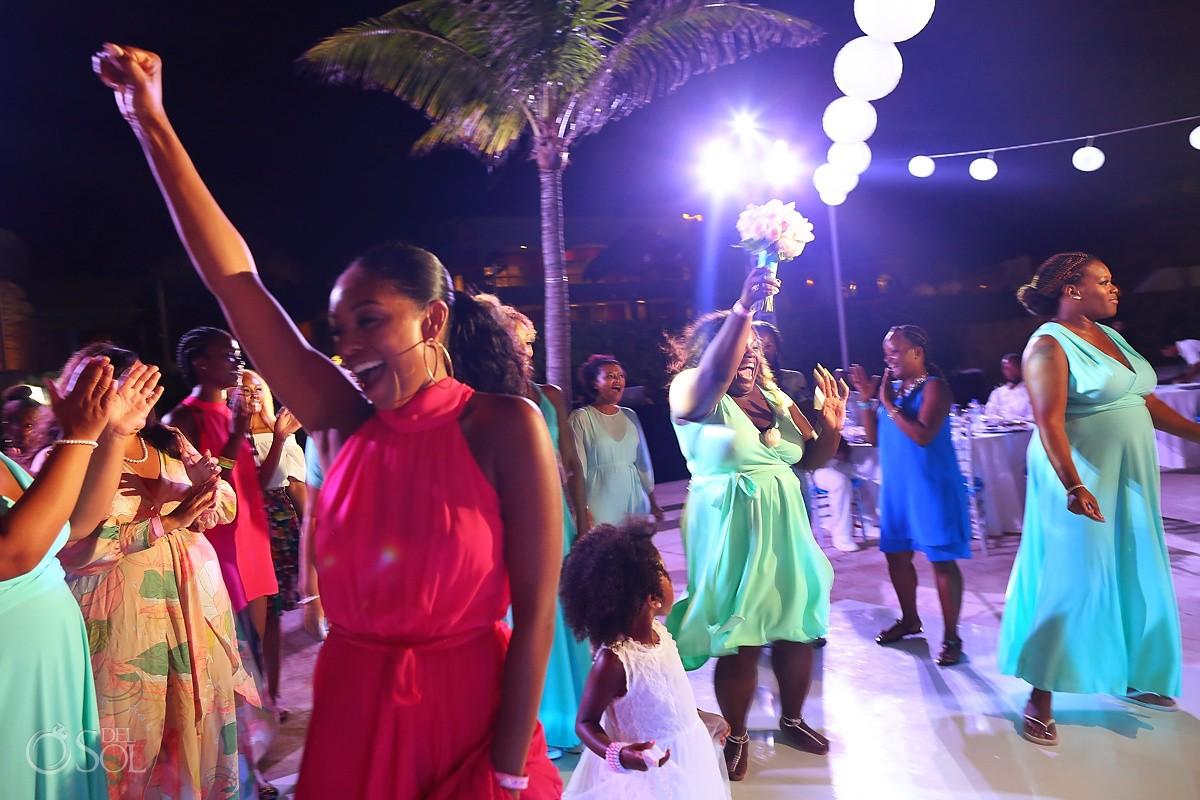 bouquet toss destination wedding reception Hard Rock Riviera Maya