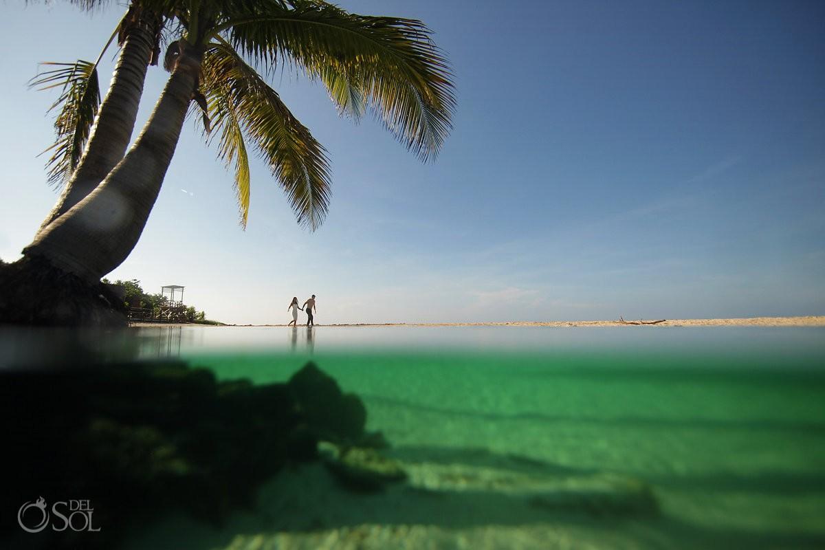 Super sexy beach photo session trash the dress Playa del Carmen, Mexico #Aworldofitsown