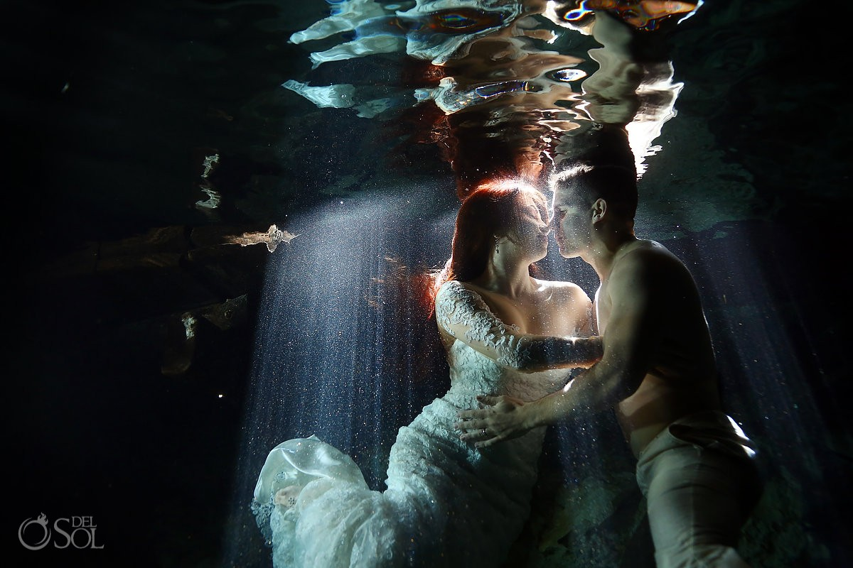underwater wedding photography Cenote Aktun-Chen Trash the Dress Riviera Maya, Mexico