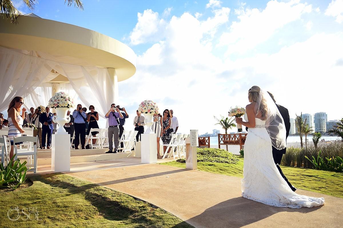 Hyatt Ziva Cancun Cliff Gazebo Wedding Michelle Adam