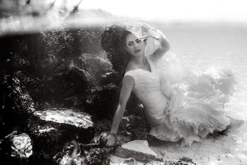 Beach underwater photography, Trash the Dress, Riviera Maya, Mexico.  Photos by Del Sol Photography.
