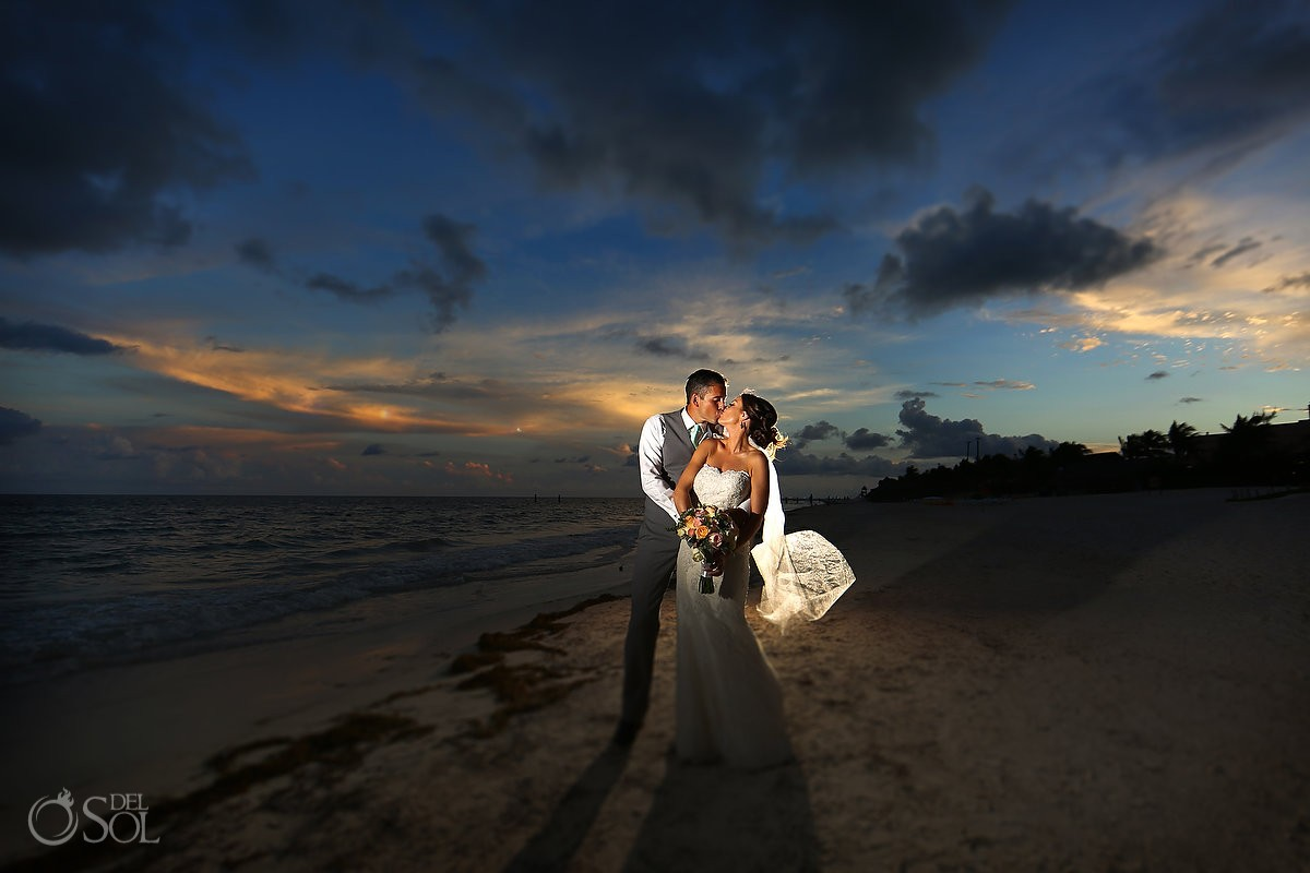 Amazing skies #skyporn sunset destination wedding portrait destination wedding Now Sapphire beach, Mexico