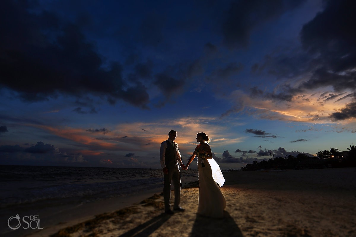 Amazing skies sunset destination wedding portrait silhouette destination wedding Now Sapphire beach, Mexico