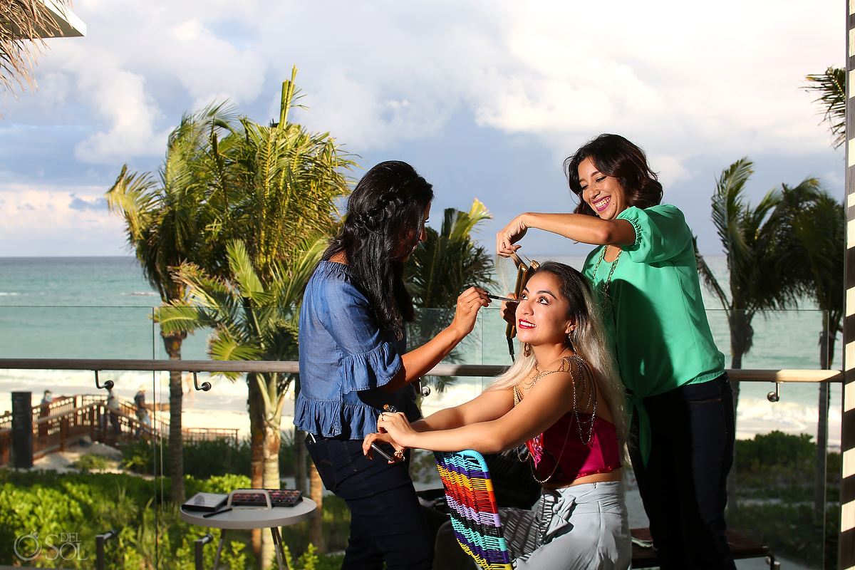 Sara Tamargo applies Makeup for Frida's Wardrobe to Diana Villalobos Barrera by andaz mayakoba with del Sol Photography