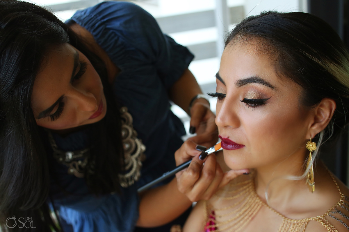 Sara tamargo applies makeup to Diana Villalobos Barrera for Frida's wardrobe created by del Sol Photography for Andaz Mayakoba