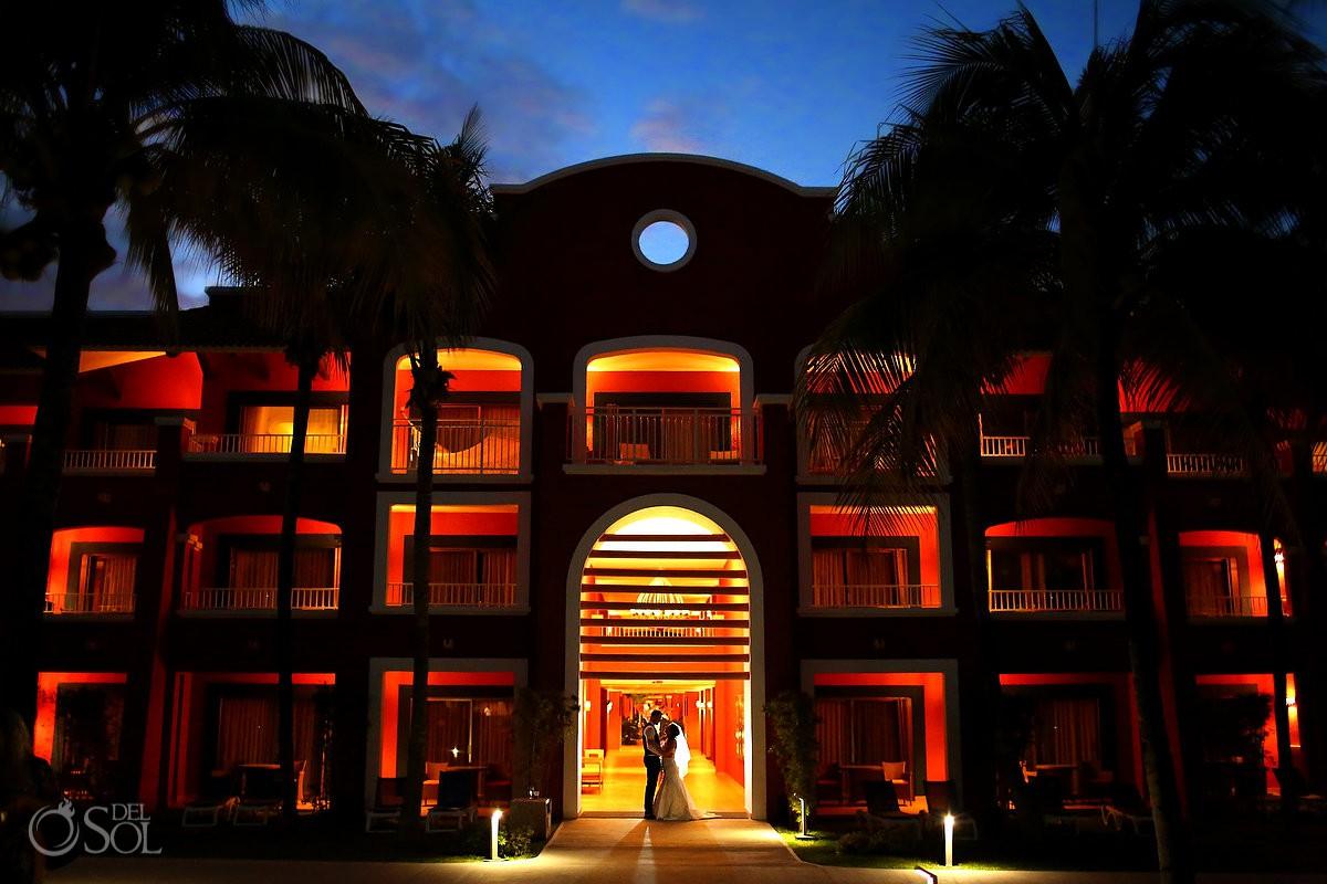 crrative night portrait destination wedding Barceló Maya Palace Riviera Maya Mexico