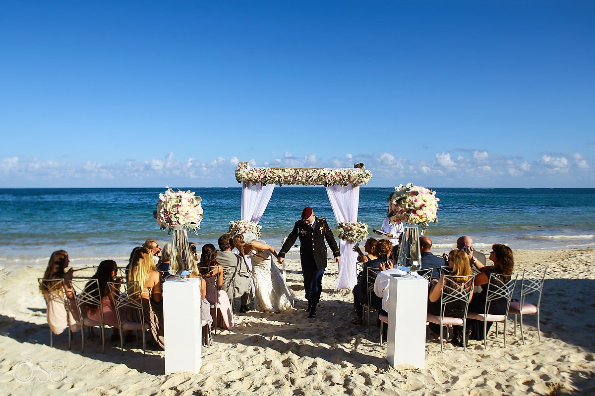 ceremony exit beach destination wedding Now Sapphire Riviera Maya México