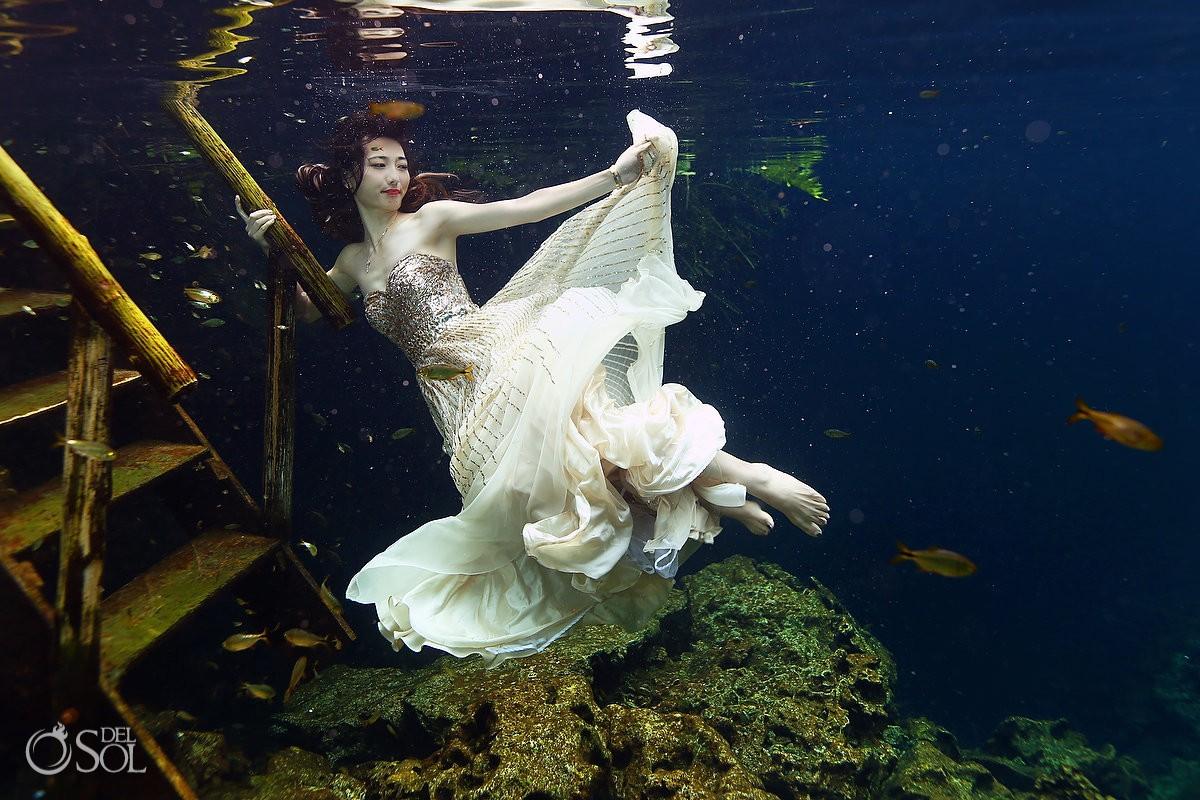 Creative wedding photo ideas mermaid bride