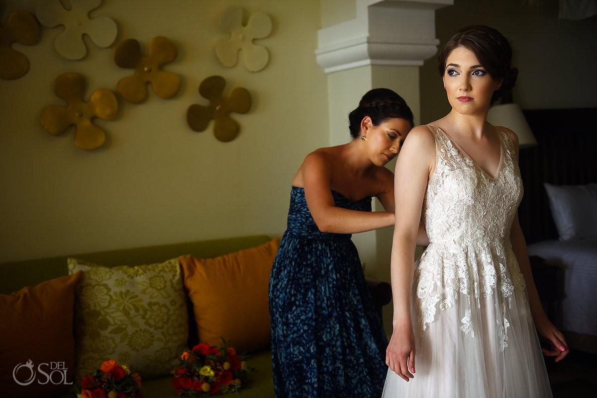 Riviera Cancun Wedding Bride Getting ready Bridesmaid Sister Now Sapphire