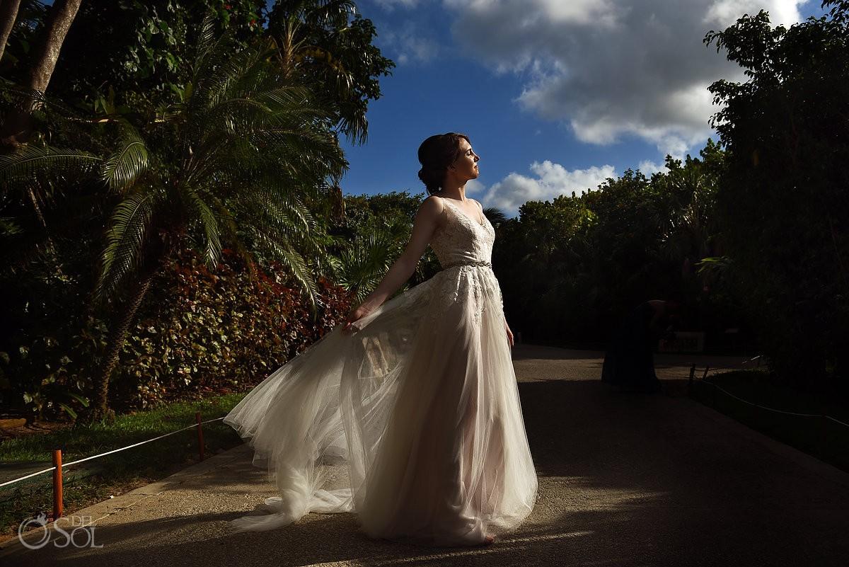 Riviera Cancun Wedding Bride Sun Natural Light Now Sapphire