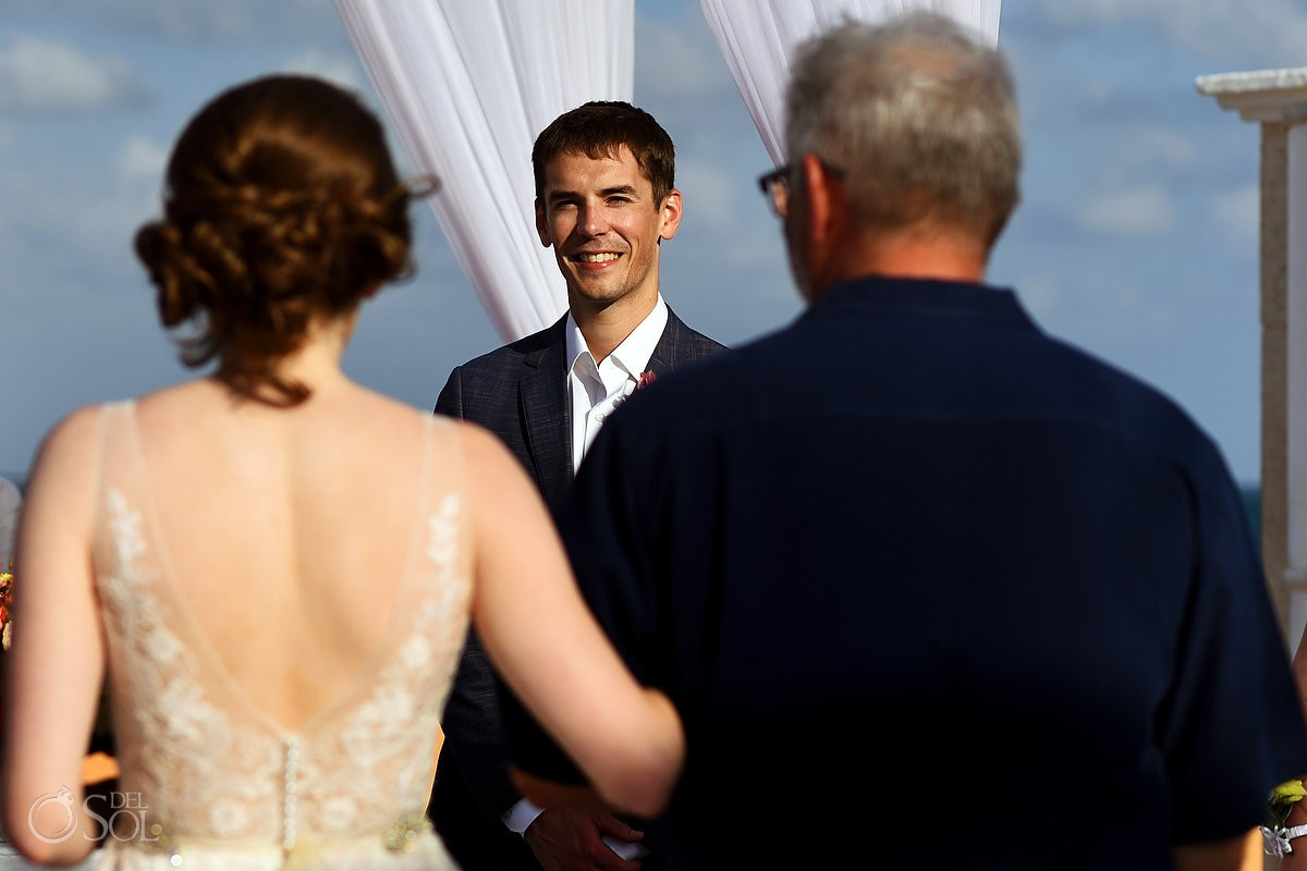 Riviera Cancun Wedding Groom First Look Ceremony Now Sapphire