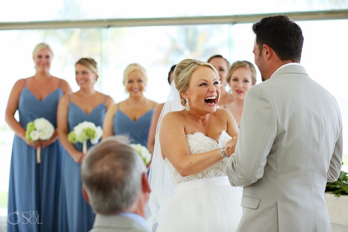 Fun wedding ceremony moments Moon Palace Playa del Carmen Mexico