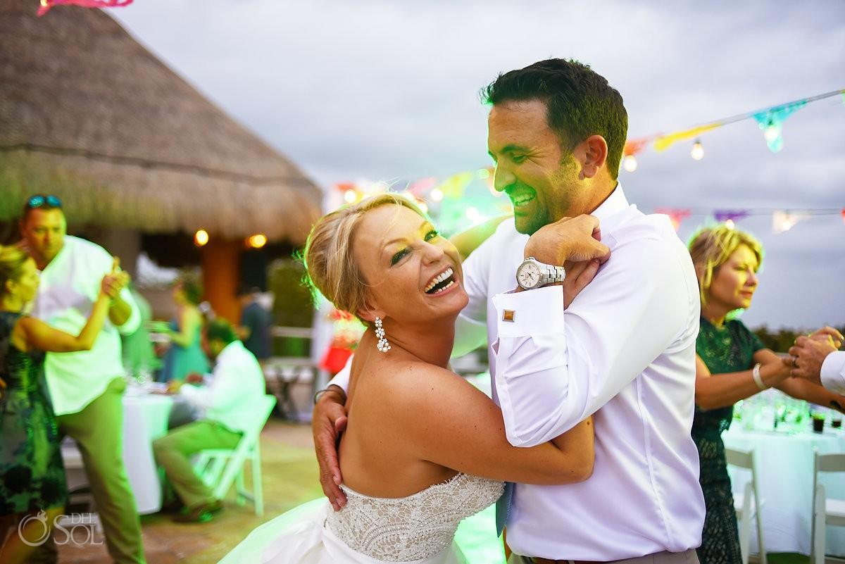 bride and groom funny speech Moon Palace Playa del Carmen Mexico