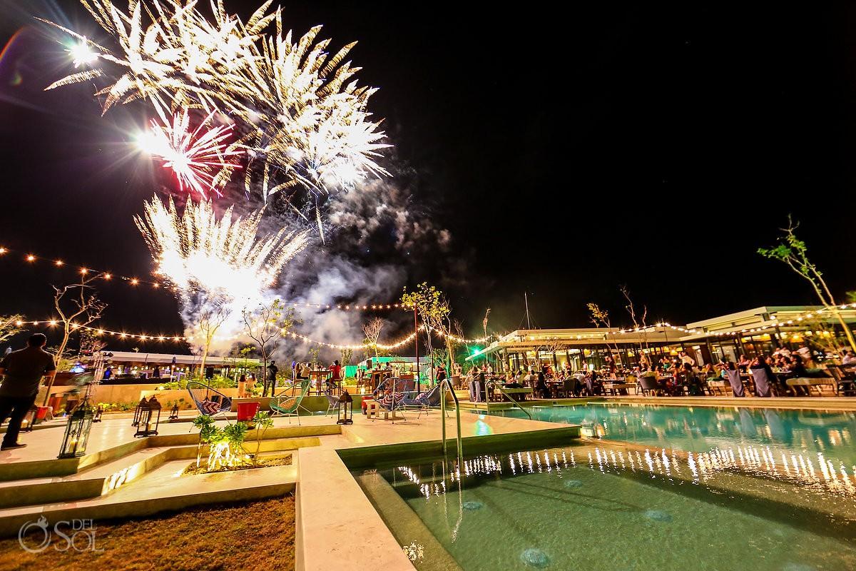 amazing fireworks Andaz Mayakoba Playa del Carmen Mexico