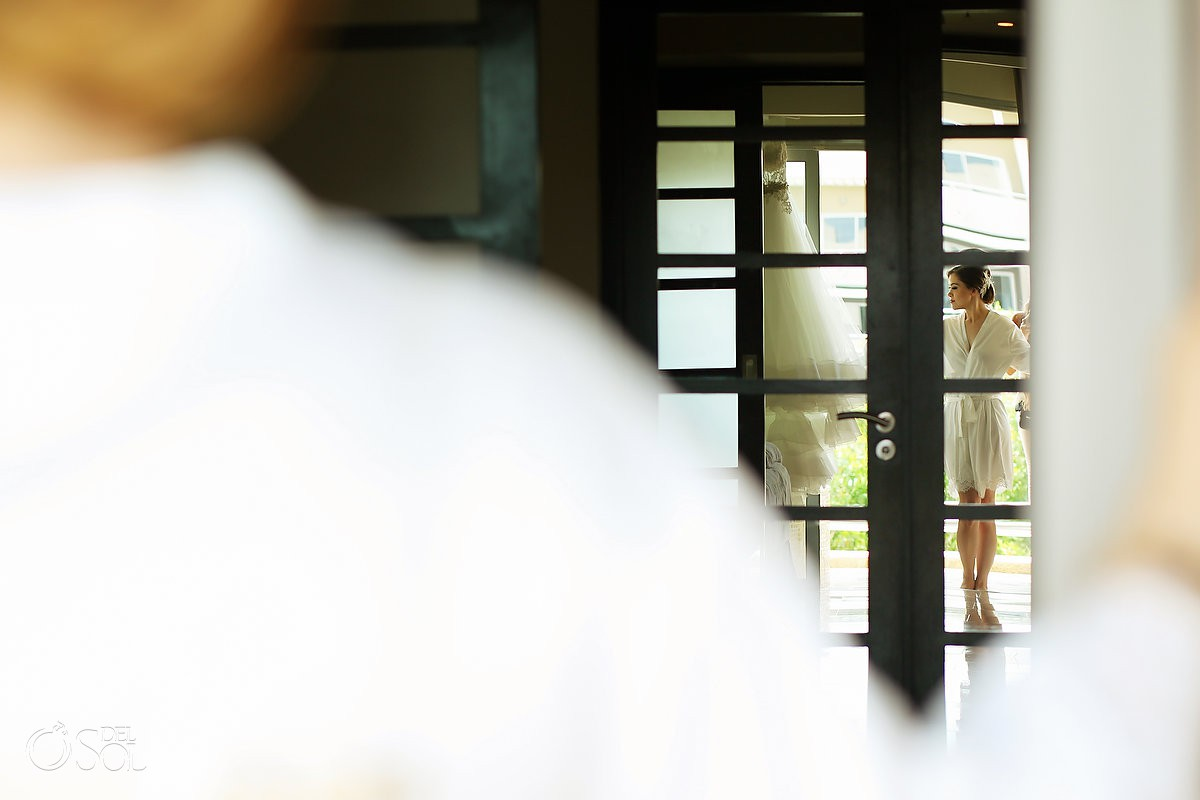 Beautiful bride portrait reflection Wedding Paradisus La Esmeralda Playa Del Carmen Playa del Carmen