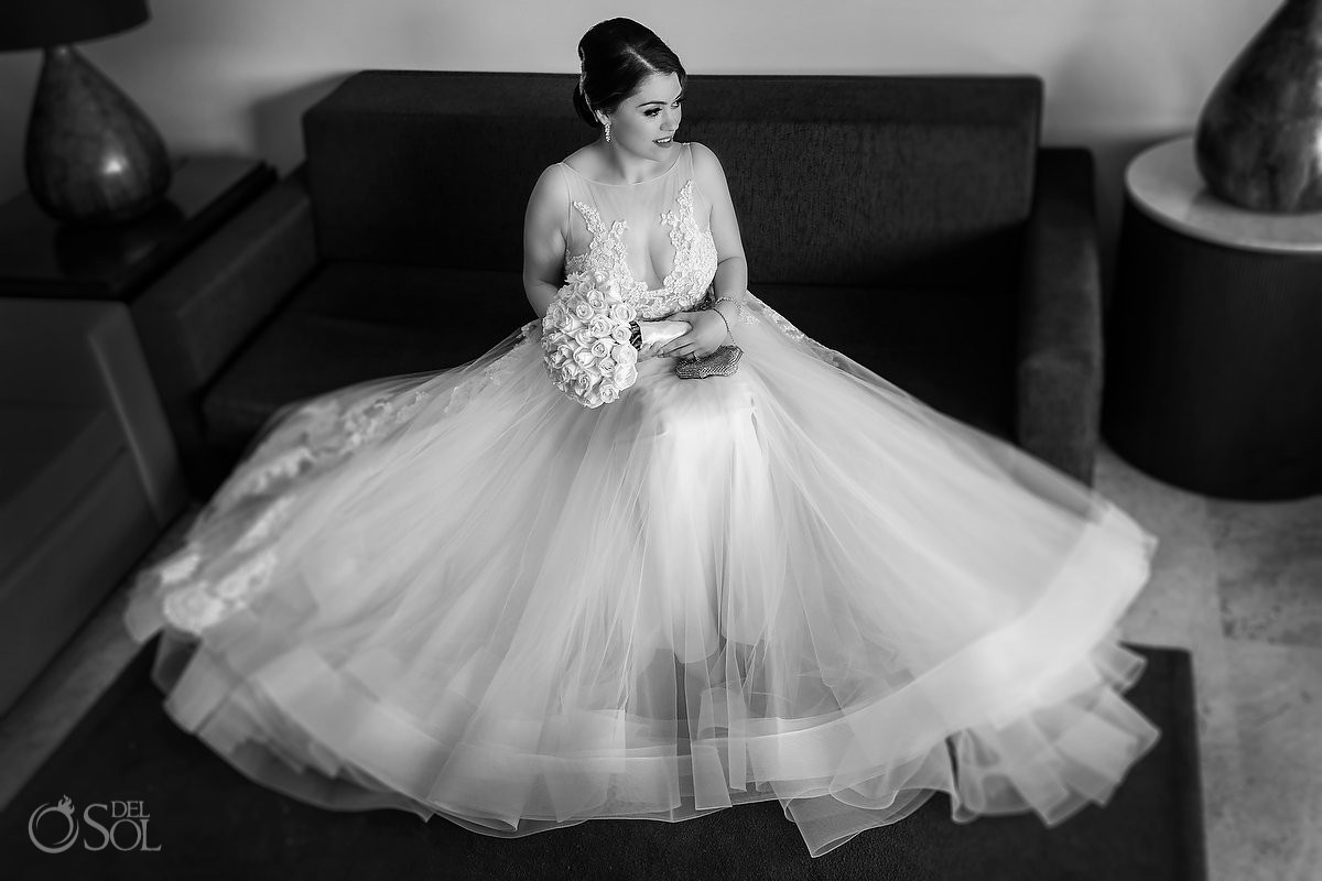 Black and white Bride portrait Wedding Paradisus La Esmeralda Playa Del Carmen Playa del Carmen